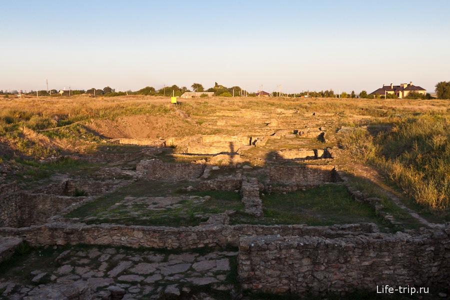 Развалины древнего города Танаис