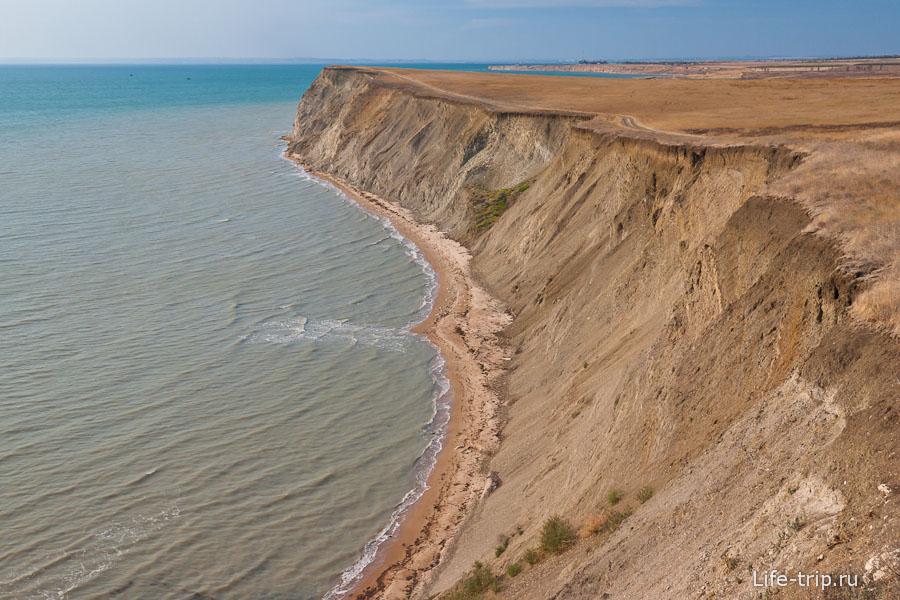 Серое море Тамани