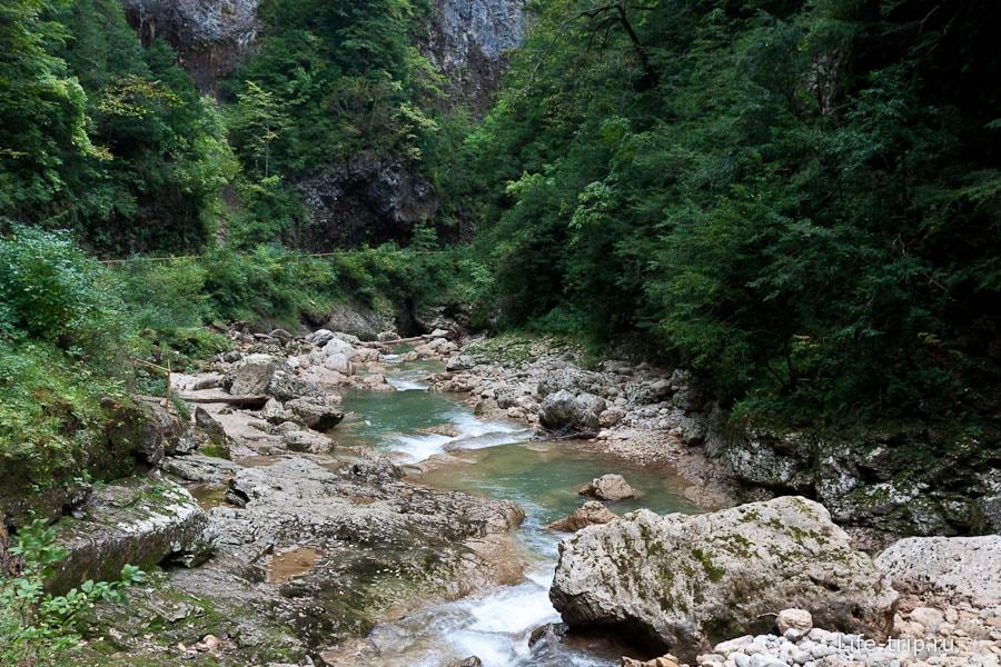 Пейзажи Гуамского ущелья
