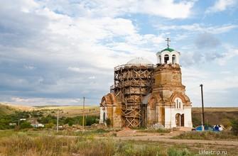 Храм Святой Троицы в хуторе Дядин
