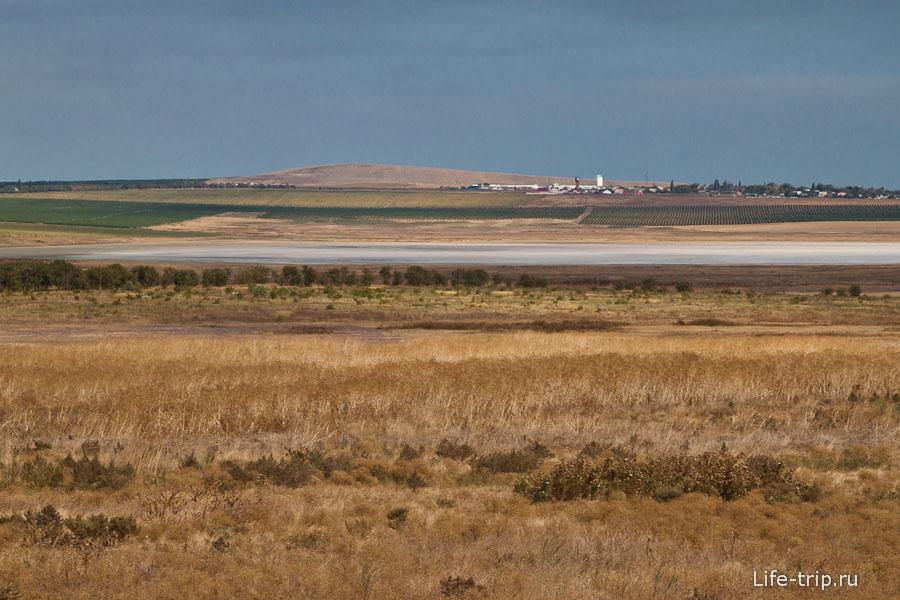 Озеро Соленое издалека