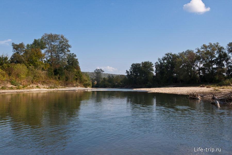 Река Пшеха - местный аттракцион