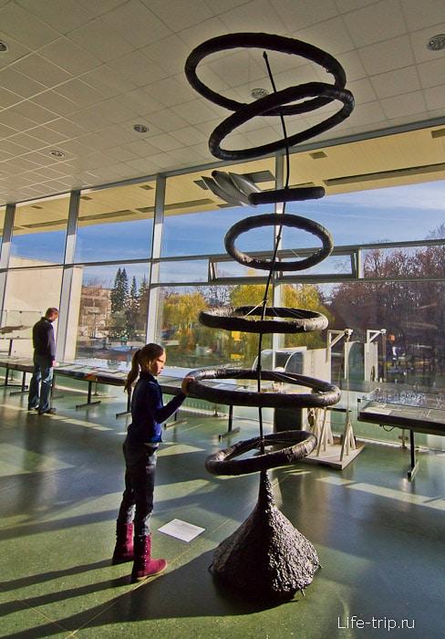 Один из шедевров детской выставки в музее космонавтики в Калуге