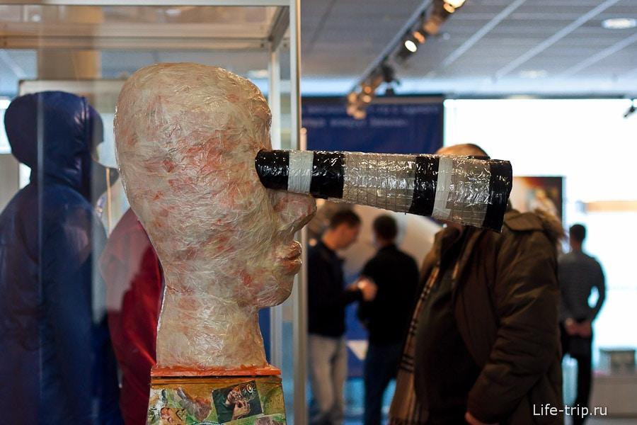 Один из выносящих мозг шедевров детской выставки
