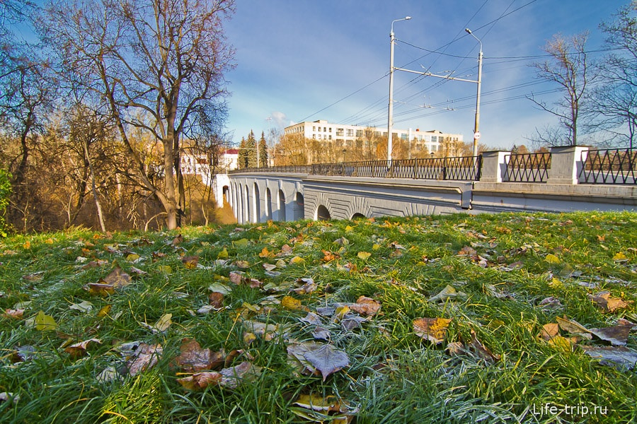 У Каменного моста в Калуге