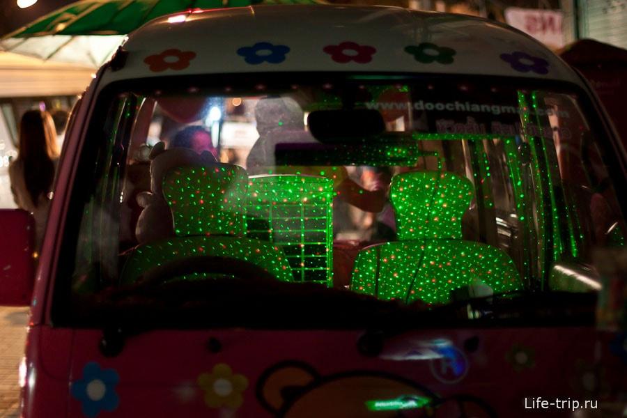 Космическая подсветка в машине