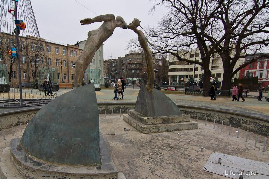 Памятник влюбленным или Сушенные детки