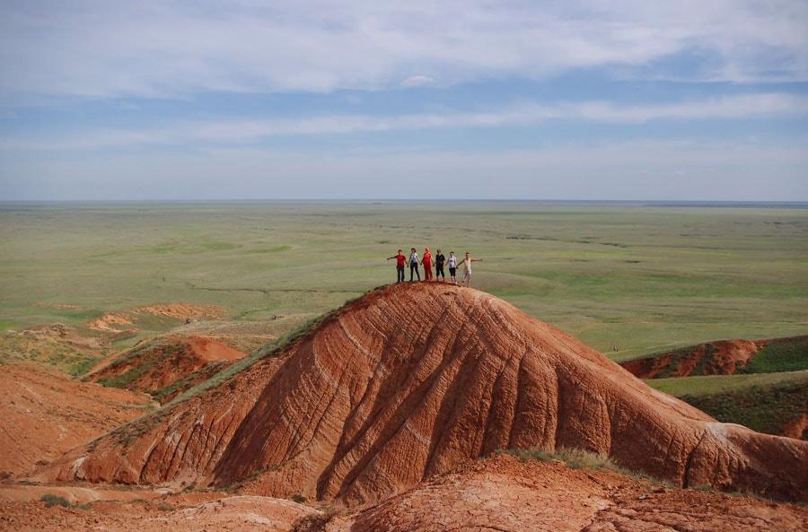На Красных скалах в Богдинско-Баскунчакском заповеднике, Астраханская область