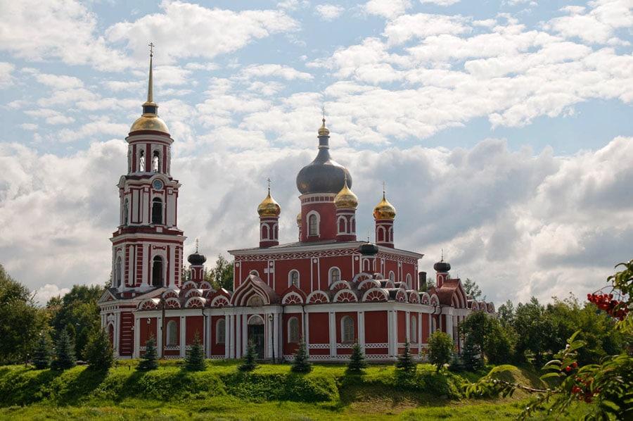 Любимое место прогулок Достоевского - набережная Полисти в Старой Руссе