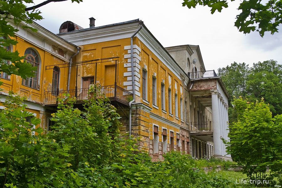 Основной дом усадьбы Суханово