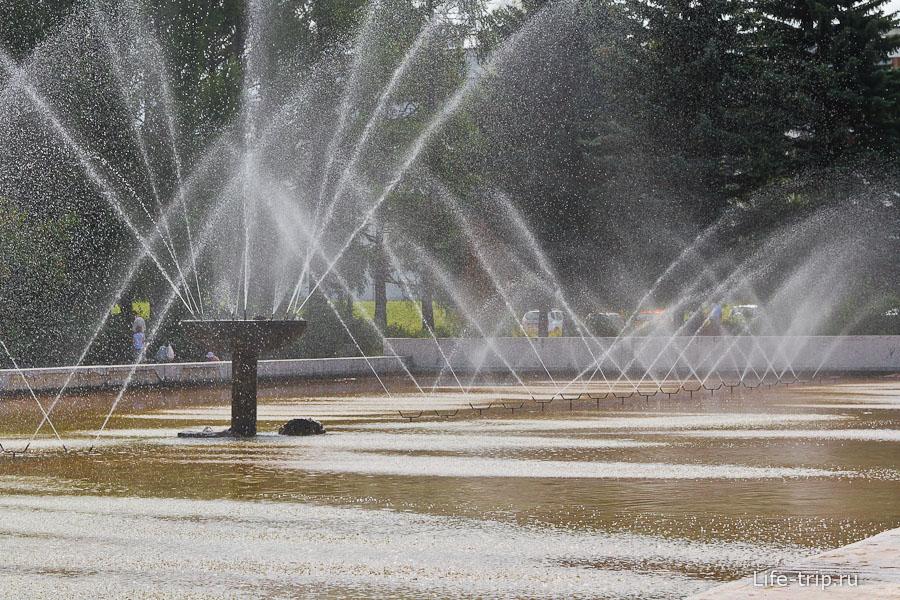 В центре Пущино есть фонтан