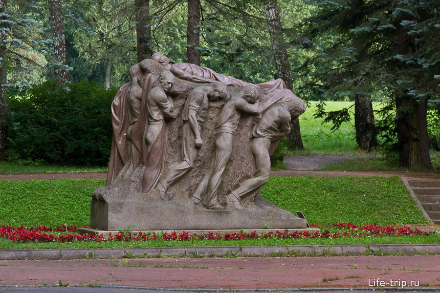 Своеобразный памятник Ленину