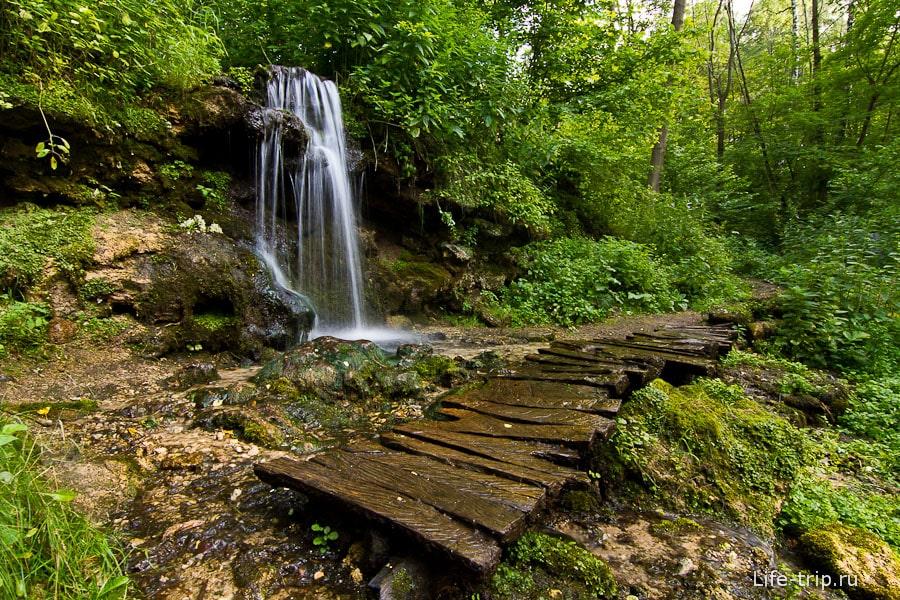 Водопад в конце тропы