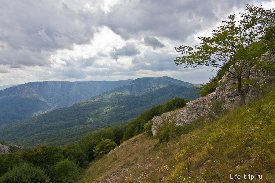 Лезем вверх на гору Такья-Тепе