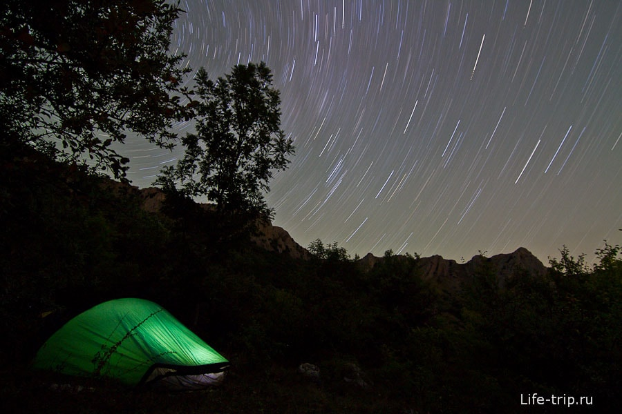 Как фотографировать звездное небо – вращение неба. ISO400, 11mm, f5, 1793sec