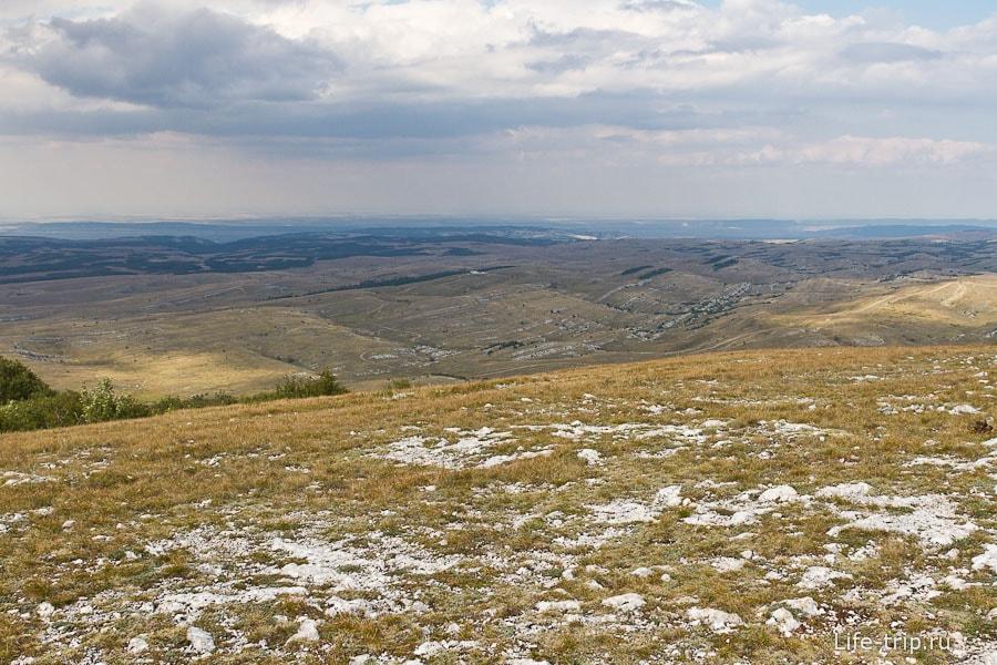 Вид на нижнее плато Караби яйлы