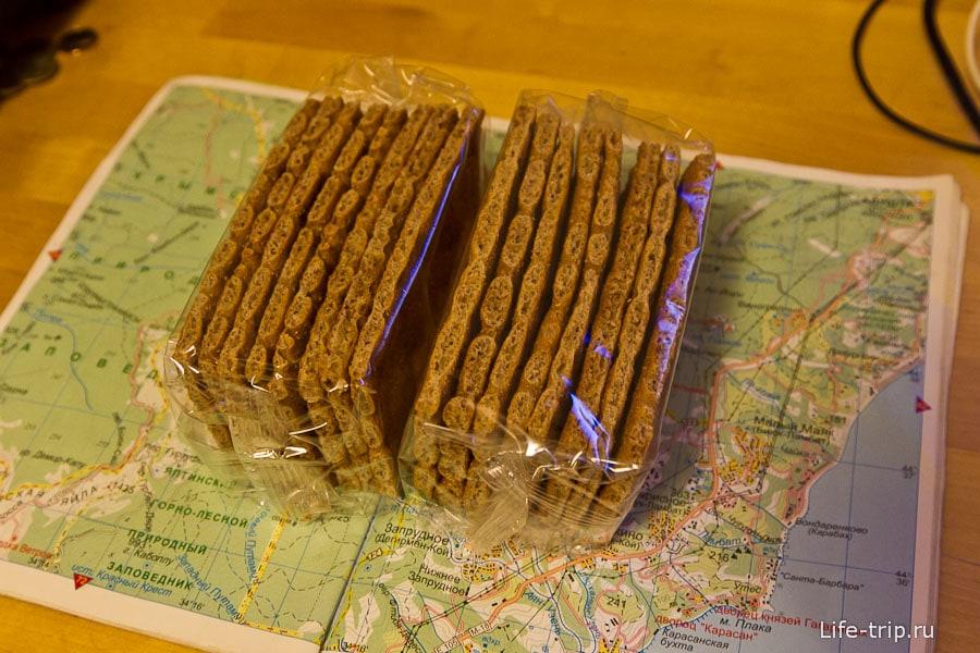 Какую еду взять в поход - сухие хлебцы