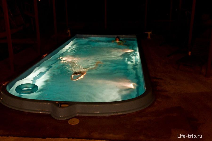 В бассейн после парилки