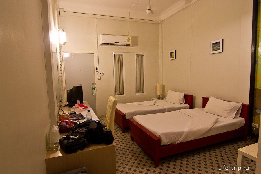 Очень даже приличная комната