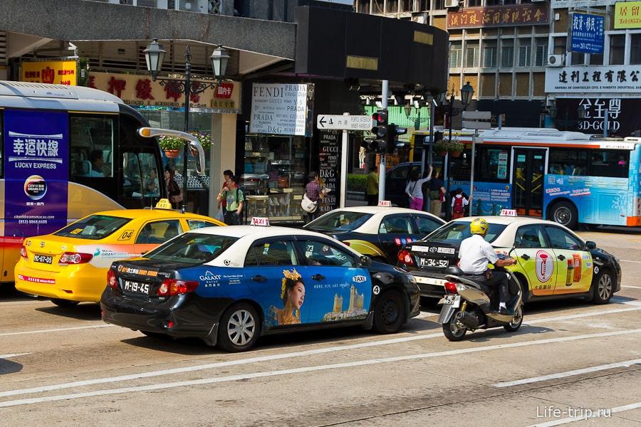 Для такси используются гораздо более современные модели Toyota