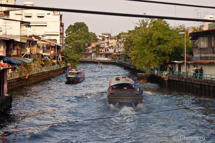 Речной канал от Ват Сакет до района Пратунам