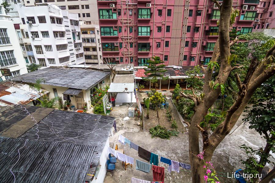 Внутренний двор, как в деревне какой-нибудь