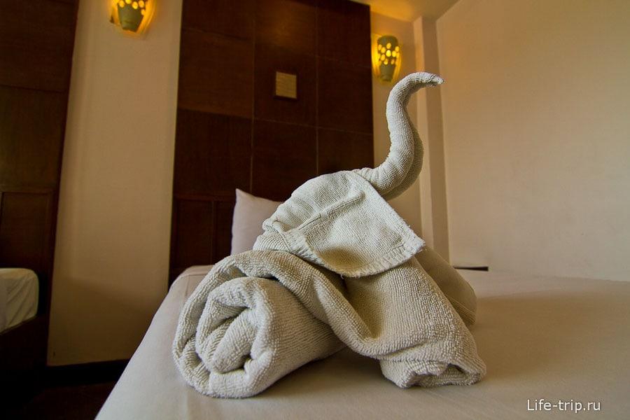 Лебедей насворачивали, как в Египте прям