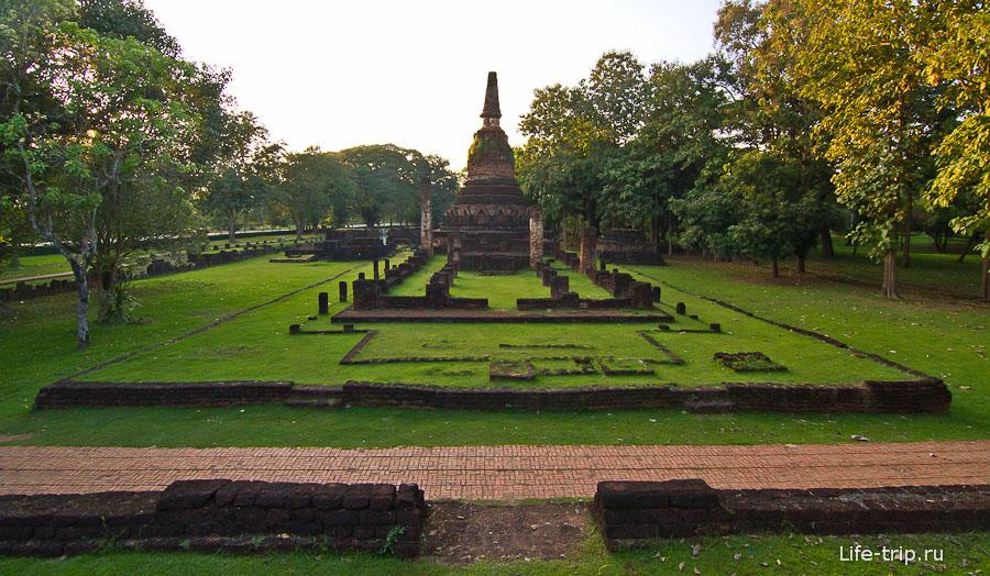 Храм Wat Phra Kaeo