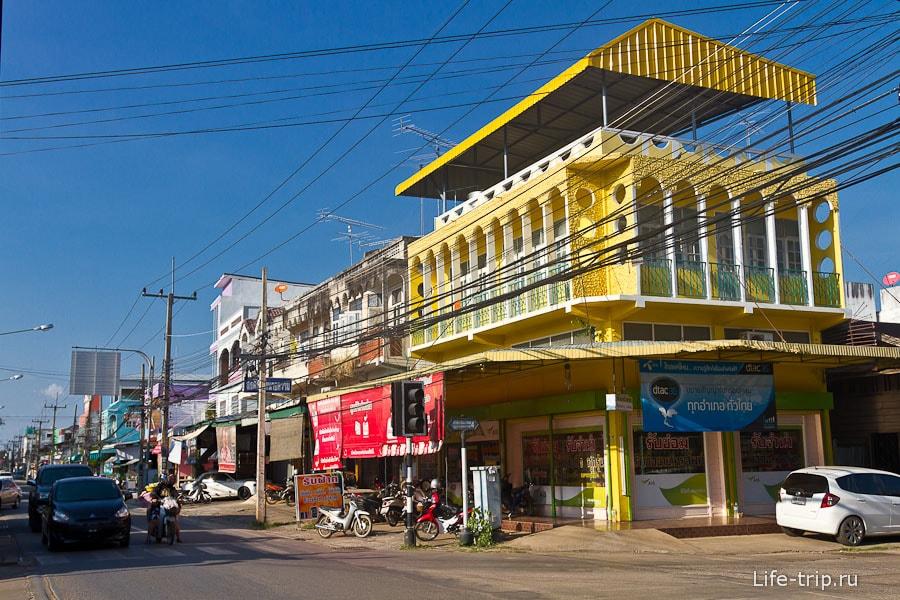 На улицах Кампенг Пет