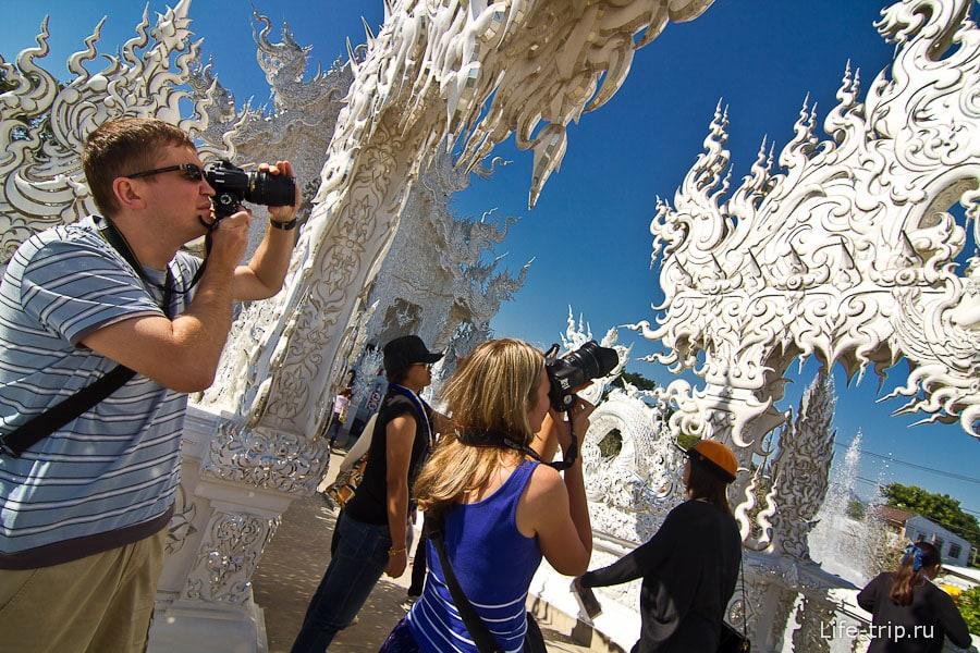 Гуляем в ослепительном Белом храме Таиланда