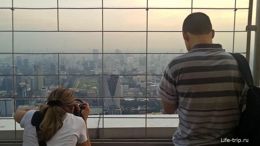 Вид на вечерний Бангкок