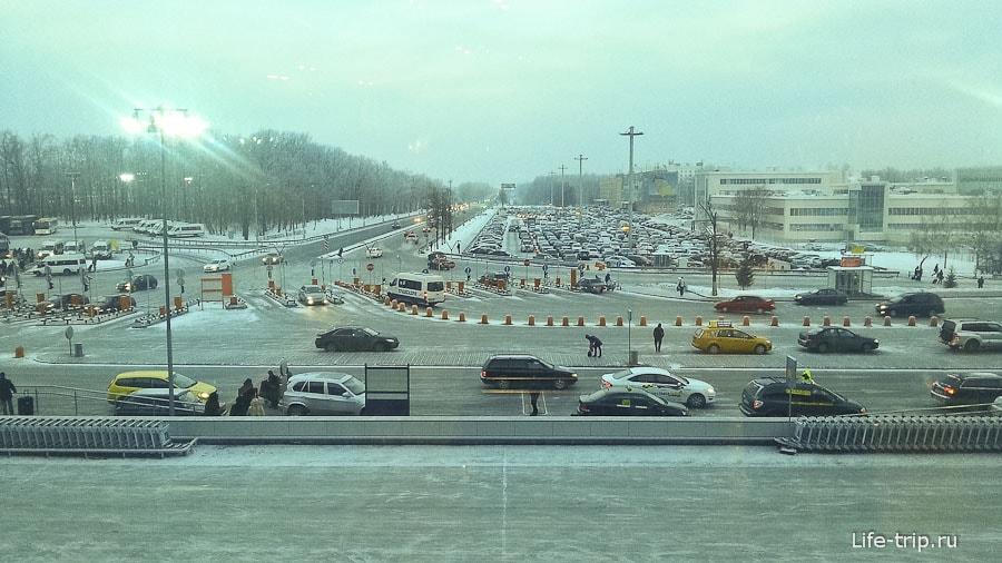 Вид из окна Домодедово в Москве