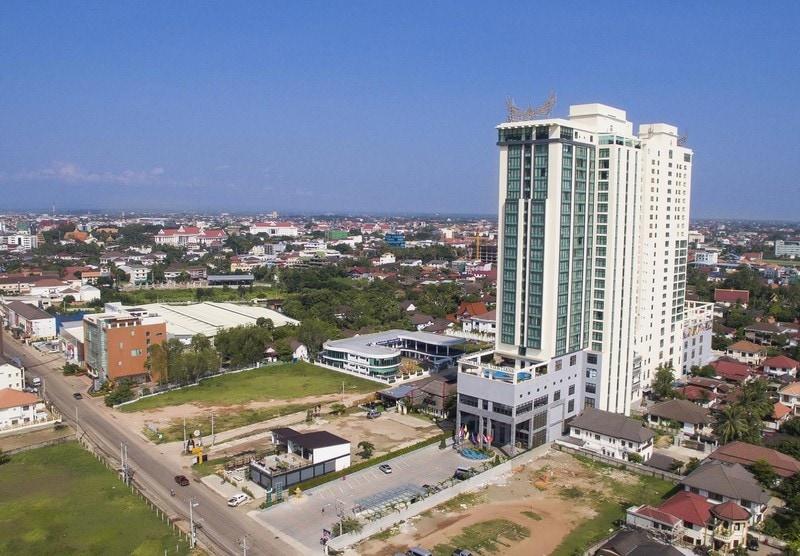 Хороший отель рядом с тайским консульством во Вьентьяне