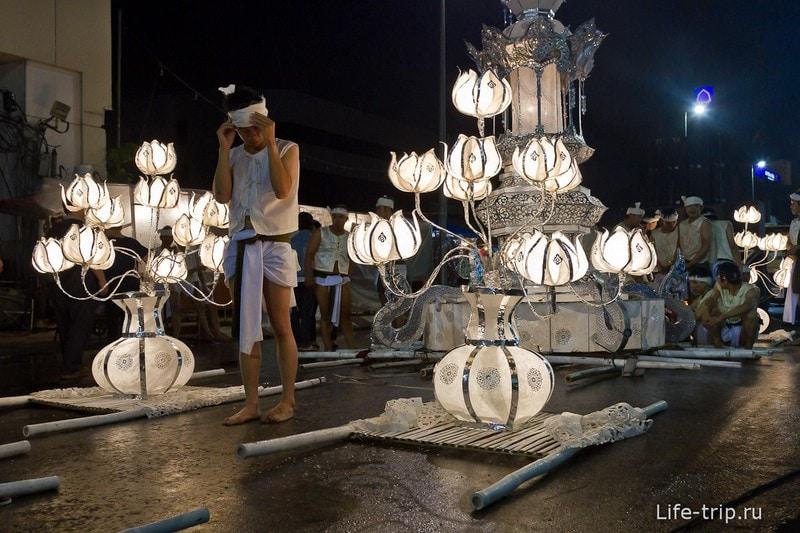 Лой Кратонг и Йипенг фестиваль (13)