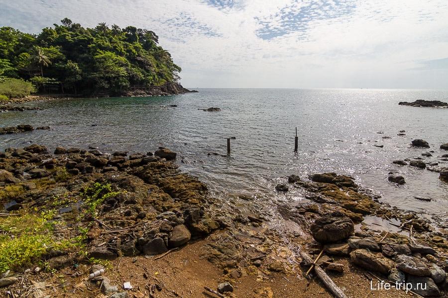 Пляж около Cliff Cottege