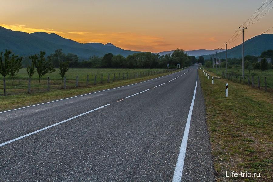 Очень мне нравится дорога между Криницой и трассой