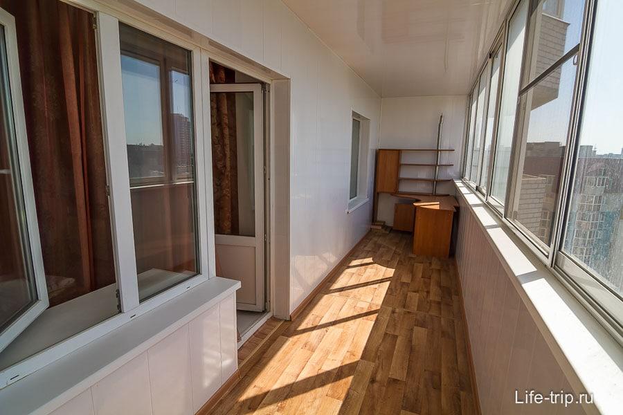 Громадный балкон - себе хочу такой же