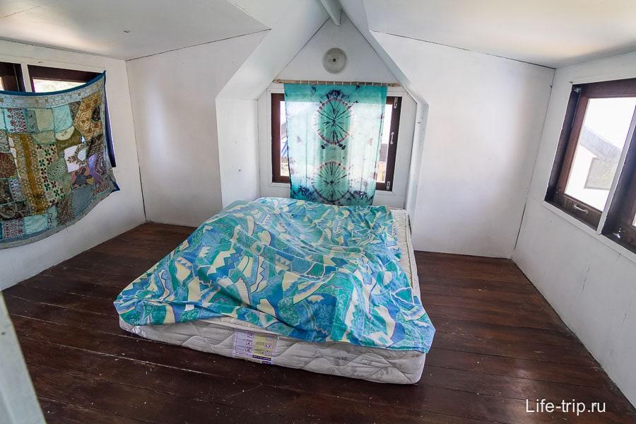 Спальня для любителей жары