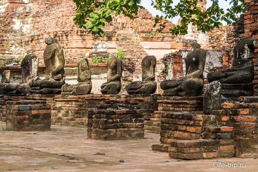 Выставка безголовых Будд