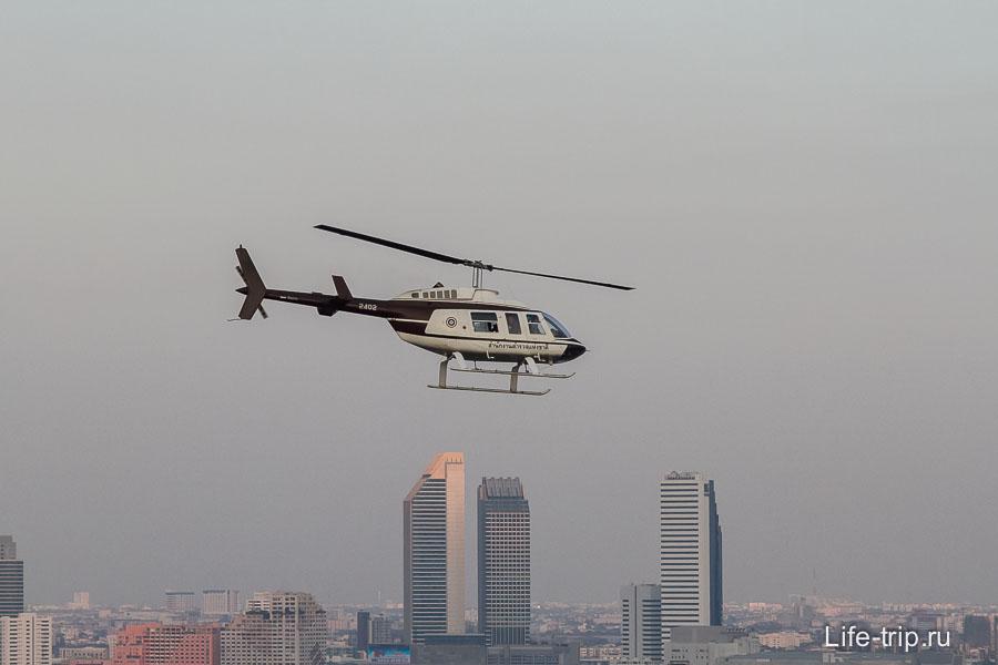 Иногда летают вертолеты