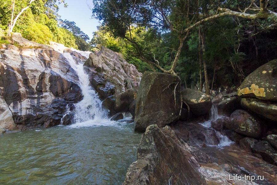 Водопад Хин Лад поближе
