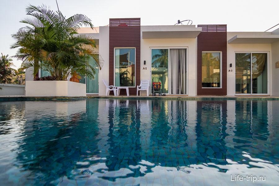 2-х комнатные апартаменты с кухней и бассейном за 2000 бат