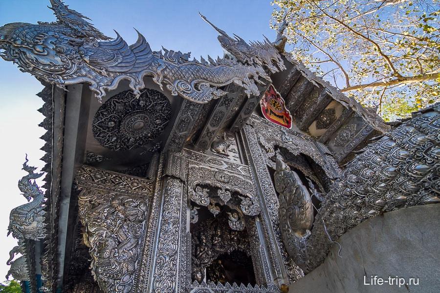 Серебряный храм в Чиангмай