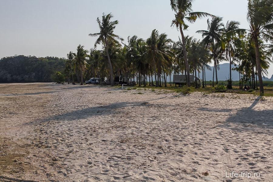 sam-phraya-beach-06
