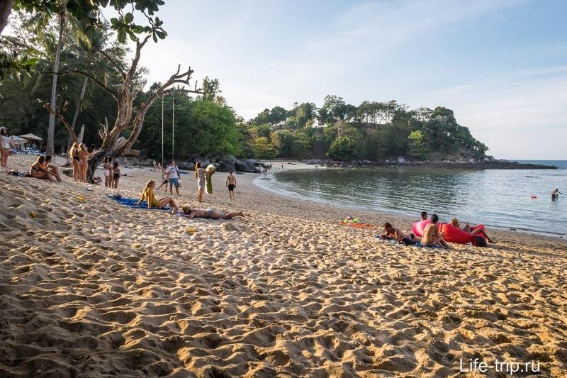 Вид на Paradise Beach с правой стороны