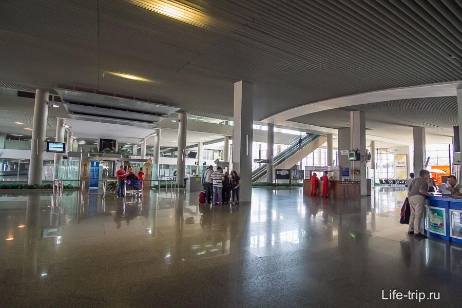 Внутри Терминала 1