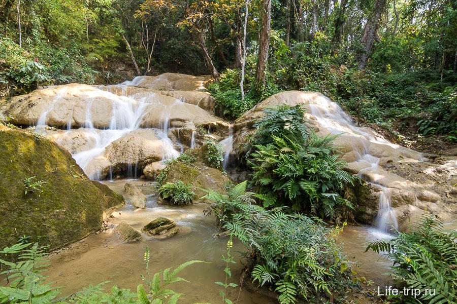Водопад Si Sangwan Waterfall