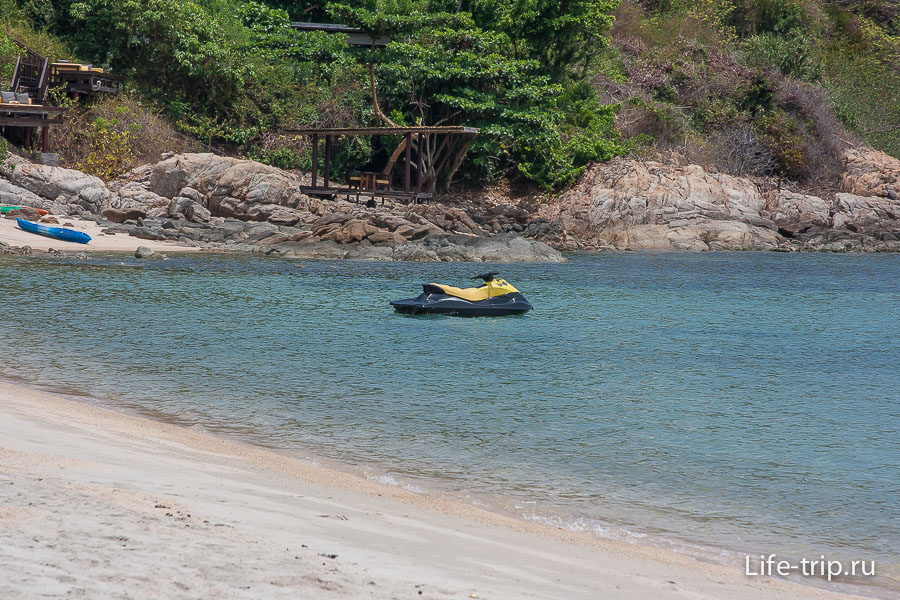 Пляж Самронг - Samrong Beach