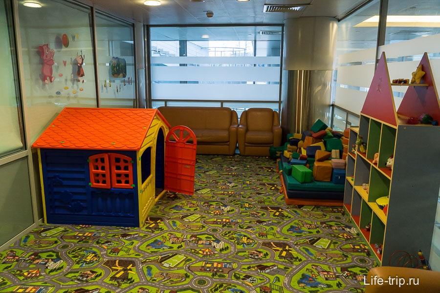 Игровая в комнате матери и ребенка в Шереметьево