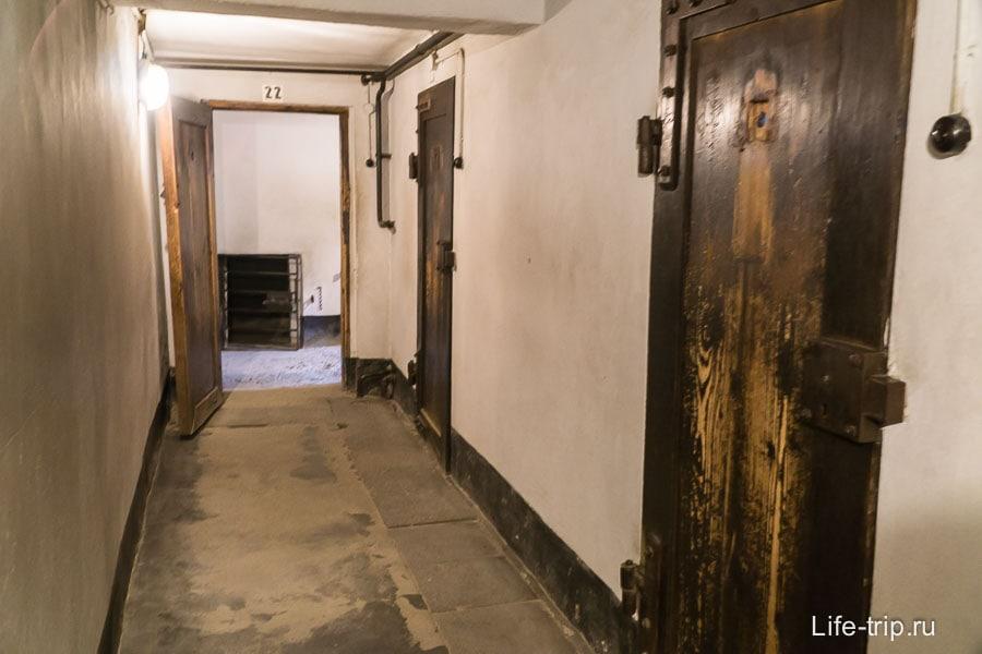 Камеры в подвале блока Смерти